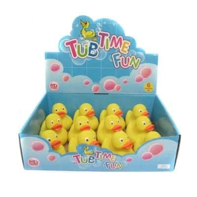 Rubber duck - Having fun toys in the bath is usually easier when you want to bathe the children. Besides ducks tend to be fun to play with quite ordinary plastic boxes and measuring cup. Children tend to think it's fun to draw water in the drawers and bathe his rubber ducks.