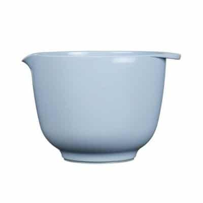 Another real classic in the kitchen is Margretehe bowls in melamine. Very beautiful in its design. Important is that you do not microwave the bowl, it will be bad. But it is possible to wash them in the dishwasher.